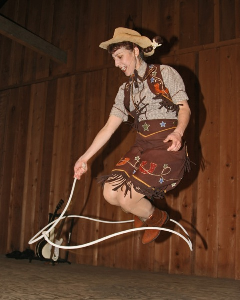 Karen Quest – Cowgirl Tricks
