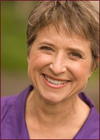 Diane Wasnak (Pino)